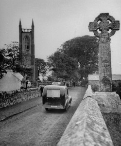 The car carrying Yeats's coffin to his final resting place at Drumcliff, 1948