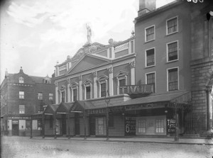 Conciliation Hall and the building next to it served as a theatre in the early 1900s